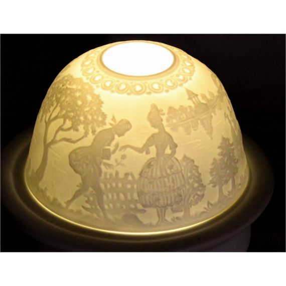 "Lithophane ""Courting"""